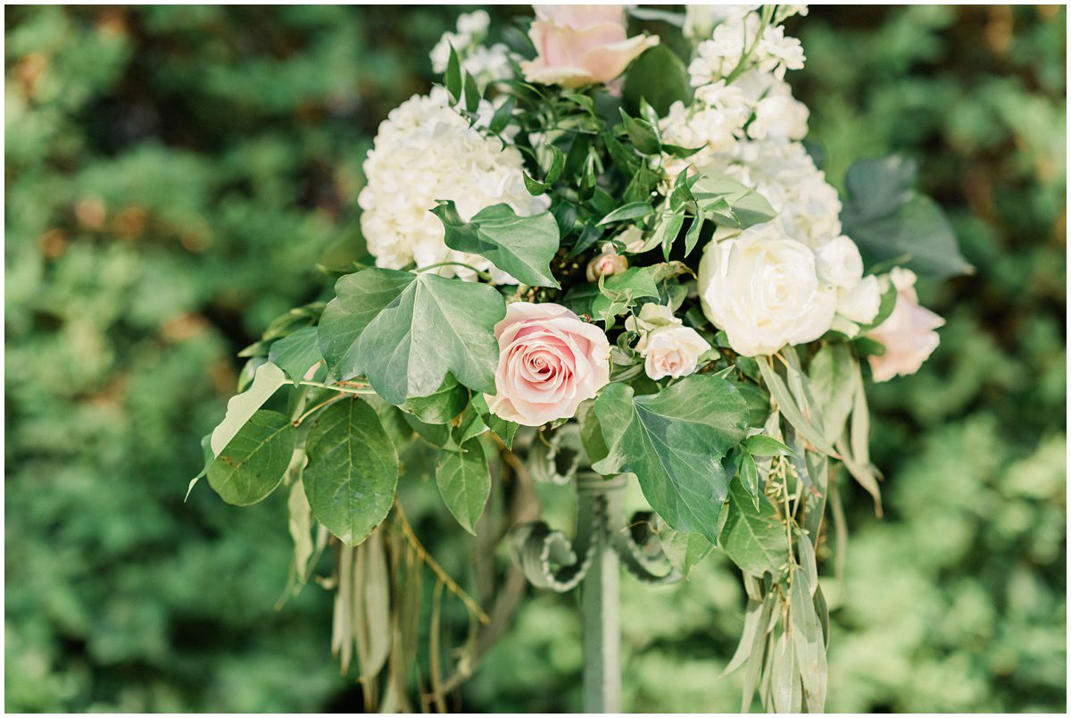 Blush floral arrangement for wedding