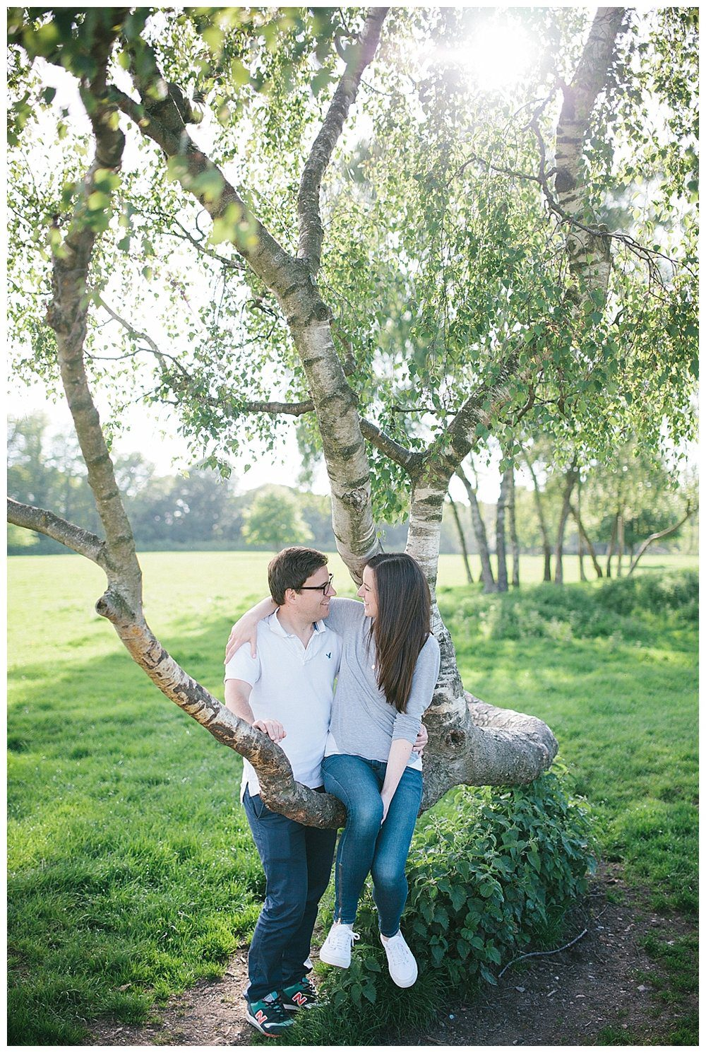 Engagement photography what to wear - cool blues and greys.