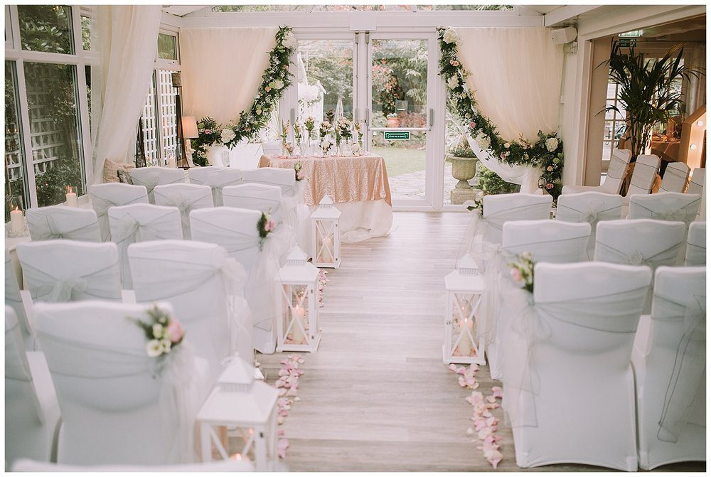 Gorgeous intimate Cheshire wedding venue near Holmes Chapel.