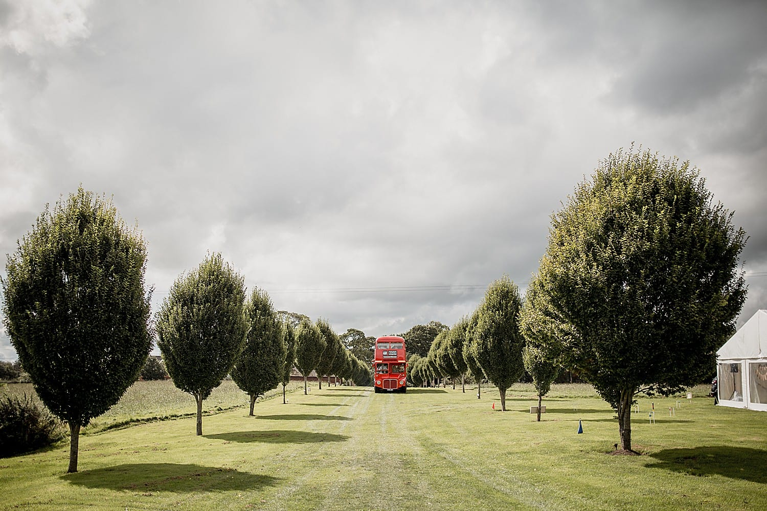 bus arriving at buddileigh farm