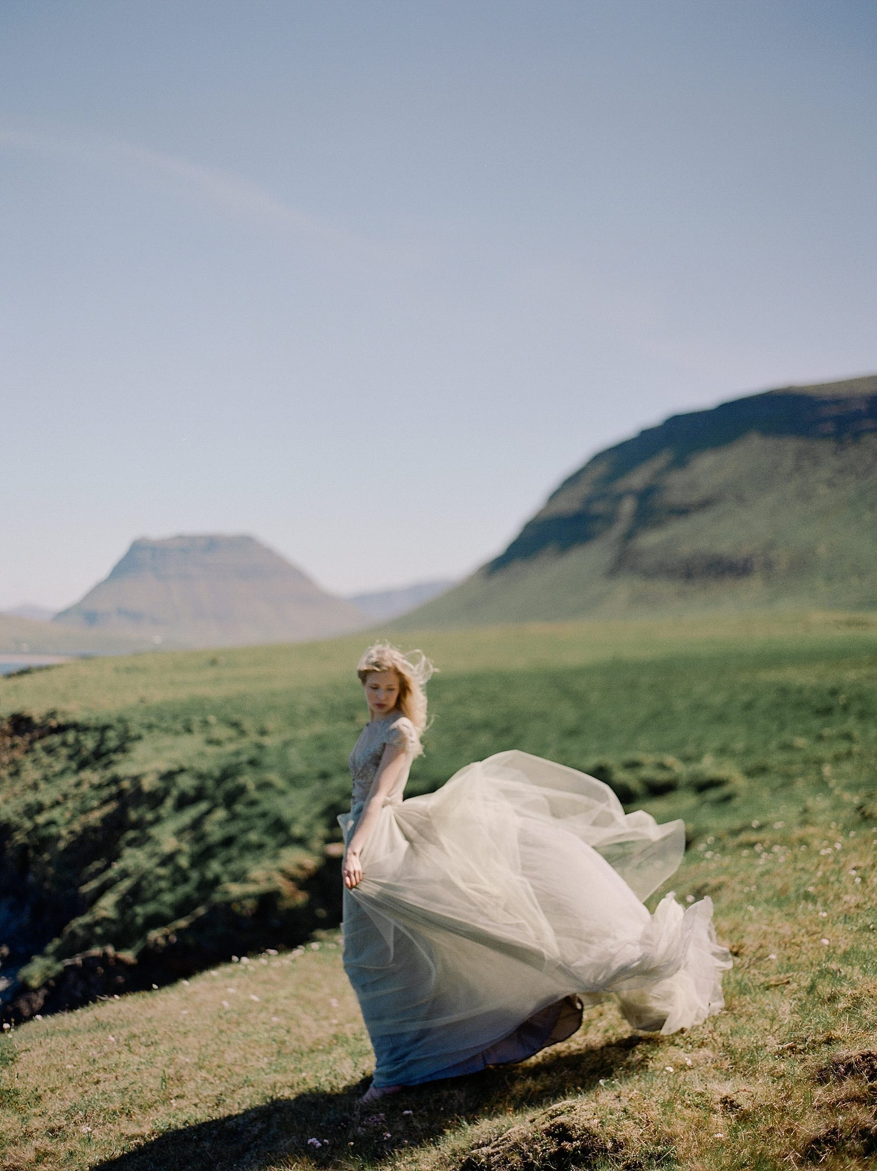 StarlingandSage_Iceland_Wedding_33