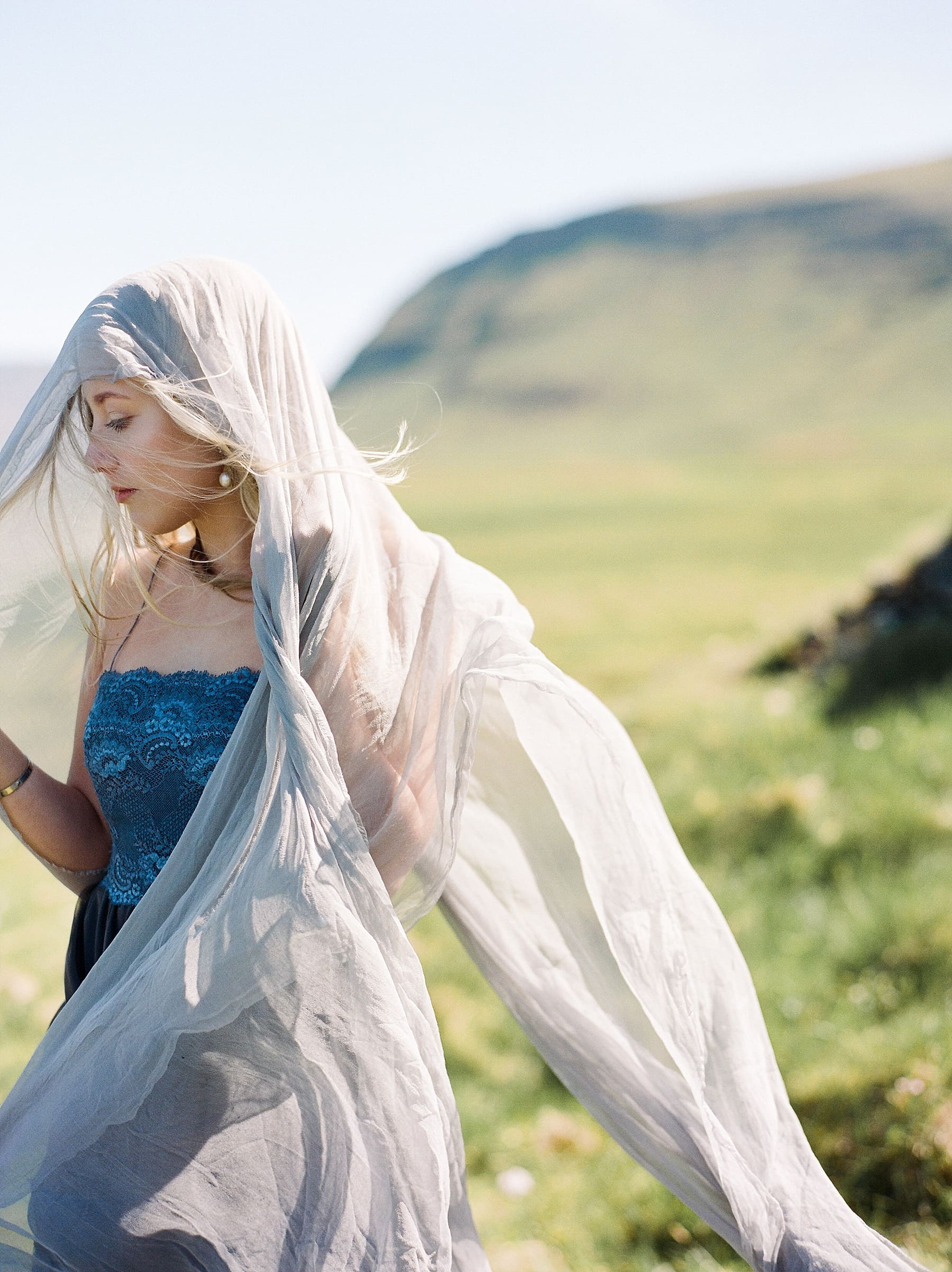 StarlingandSage_Iceland_Wedding_36