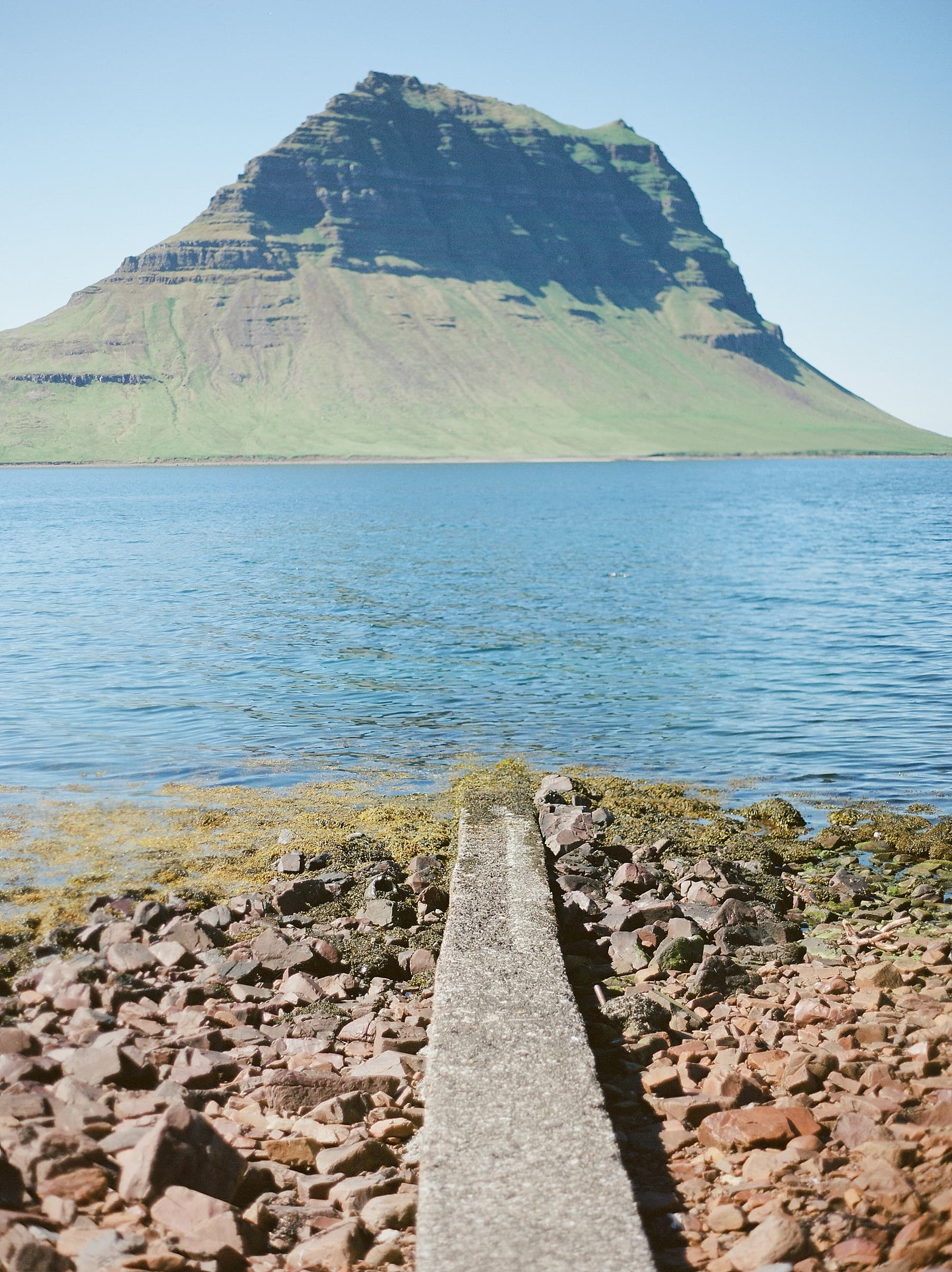 StarlingandSage_Iceland_Wedding_47
